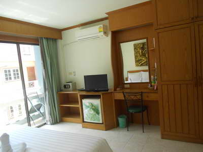 Andaman Sea Guesthouse located 5 minutes walk from Patong beach