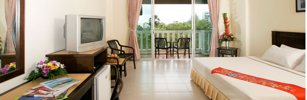 Karon Living Room - Wireless High Speed Internet Hotel Karon Beach Phuket Thailand