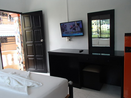 Max Guest House Budget Prices Patong Beach Phuket Thailand