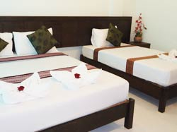Moon Inn - Guesthouse Rooms Patong Beach Phuket Thailand