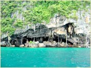Phuket Tropical Marine - Speedboat Tours Maya Bay visiting hong cave